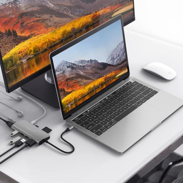 HyperDrivePOWER 9-in-1 Desk 1